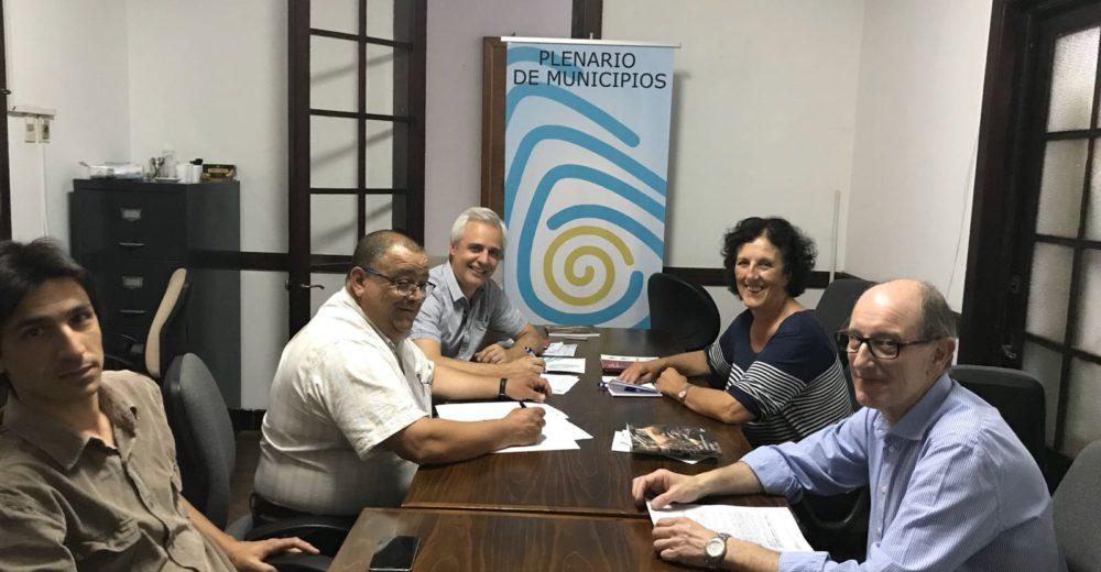 Convenio entre el Plenario de Municipios y la FCS/ICP para pasantías de egreso
